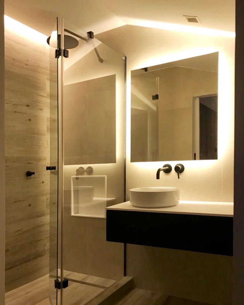 Espejos Para Bano Con Luz.Ventajas De Los Espejos Iluminados En El Bano Unibano
